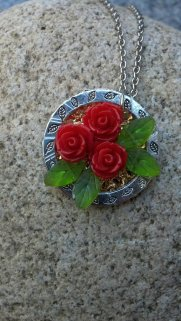 Cluster Red Rose Handmade Pendant Necklace